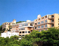 人気パワースポットに建つ天空の宿 マリテーム海幸園