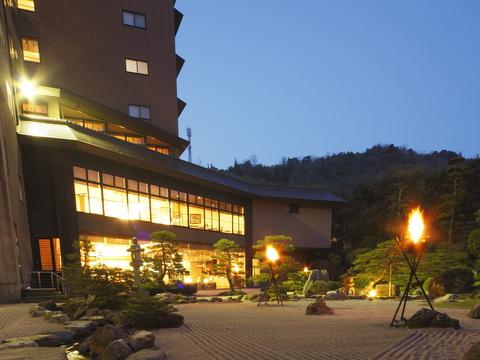 玉造温泉 ~曲水の庭~ ホテル玉泉