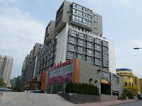 �_�[���F���@�C�L�C�@�W�A�@�z�e���i��A�X�q�X�Əa�O�����������j Dalian Yikeyijia Hotel