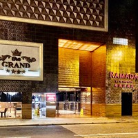 �x�X�g�E�G�X�^���E�O�����h�z�e���i�ؗ��X�j BEST WESTERN GRAND HOTEL