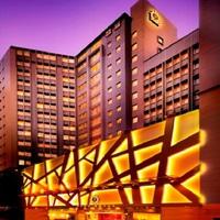 PARK HOTEL HONG KONG �p�[�N�z�e�����`(���`�S�َ�X)