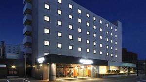 Apa Hotel <Aomori-eki Kenchodori>