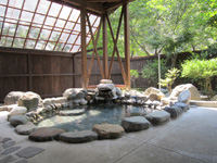猿ヶ京温泉湯島オートキャンプ場・写真