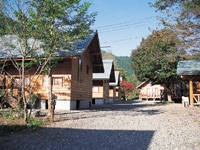 黒坂石バンガローテント村・写真