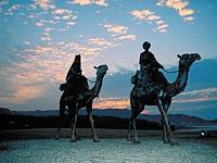 月の沙漠記念像・写真