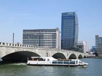 信濃川ウォーターシャトル・写真