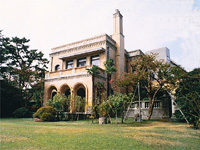 新津記念館・写真
