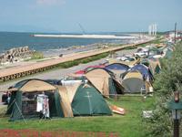県立紫雲寺記念公園オートキャンプ場・写真