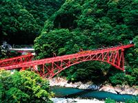 黒部峡谷トロッコ電車(黒部峡谷鉄道)・写真