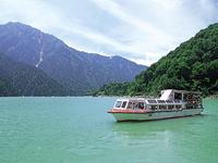 黒部湖遊覧船ガルベ・写真