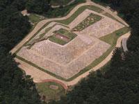 雨の宮古墳群・写真