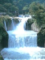 田原の滝・写真