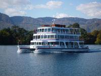 十和田湖遊覧船・写真