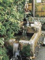 高屋稲荷神社の井戸・写真