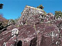 観音寺の十六羅漢・写真
