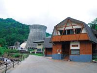 松川地熱発電所 松川地熱館・写真