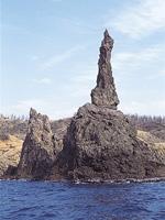 ローソク岩(観音岩)・写真