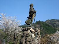 吉村虎太郎の像・写真