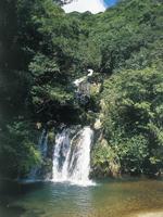 アランガチの滝・写真