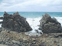 雄龍・雌龍の岩・写真