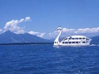 猪苗代湖遊覧船・写真