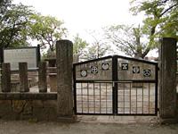 西軍墓地・写真