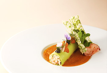 Lunch courses: from ¥6,900
