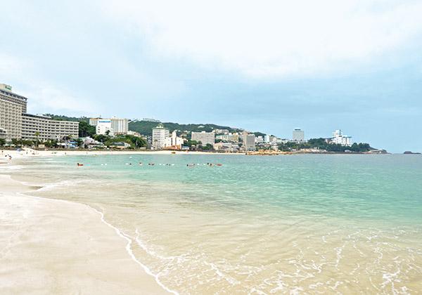 【2】熊野三所神社を抜けて白良浜を散歩