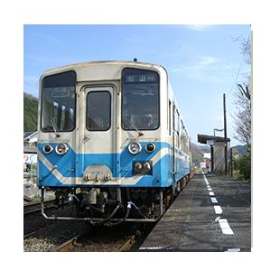 自転車を引いたまま乗れる電車やバスを活用しよう
