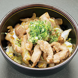 オロチ 江津まる姫ポークのスタミナ丼