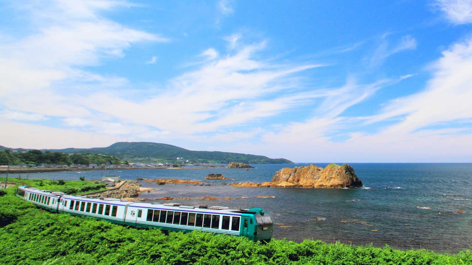 10 must-ride local railroads that will take you across scenic Japan