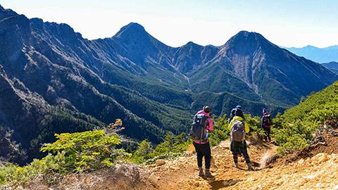 登山旅行に人気のエリアランキング