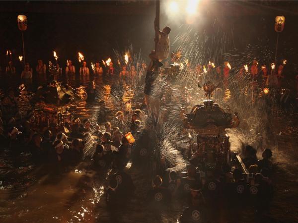 和靈大祭 、宇和島牛鬼祭