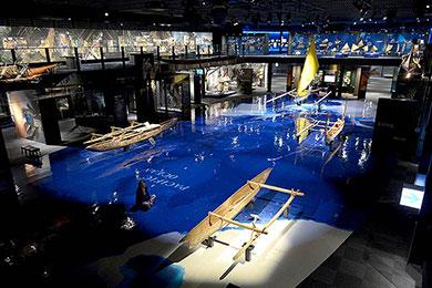 海洋民族の歴史と文化を学ぶ海洋文化館・プラネタリウム。