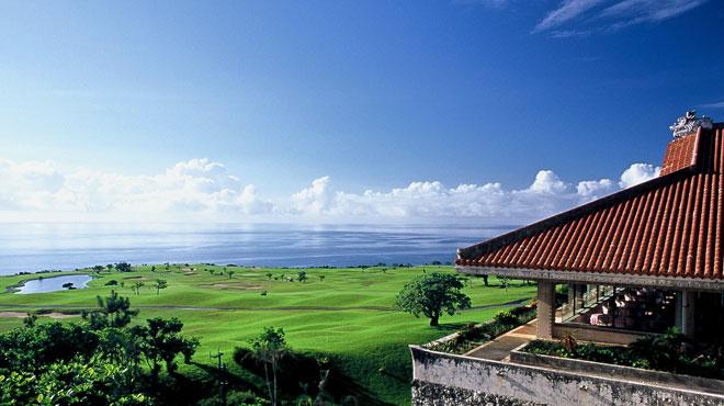 美しく雄大な風景が広がる海沿いのゴルフコースです。