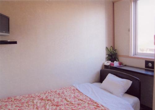 ビジネスホテル小牧 <宮崎県>の部屋画像