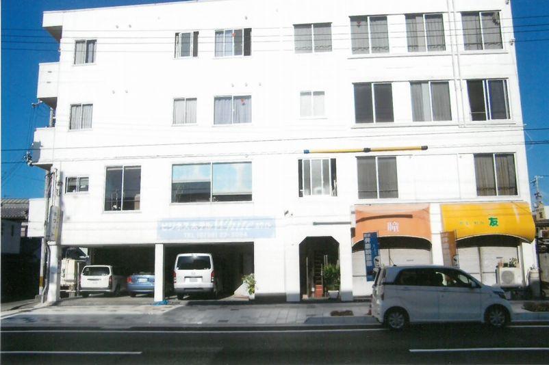 ビジネスホテル ホワイト