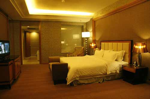 EXECUTIVE SUITE ROOM A