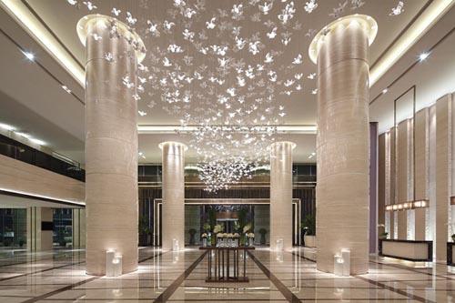 酒店拥有10个多功能会议厅,总面积超过 2,800平方米.
