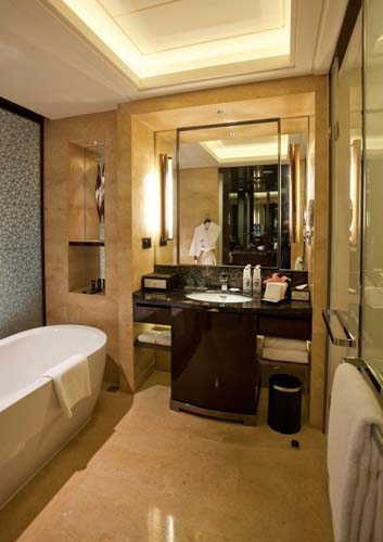 SUPERIOR ROOM BATH ROOM