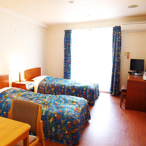 沖縄ホテル、旅館、沖縄サンコーストホテル