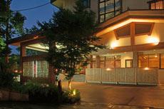 【新幹線付プラン】赤倉温泉 ホテル秀山 七つの扉(JR東日本びゅう提供)