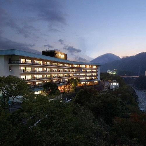 【特急列車付プラン】鬼怒川金谷ホテル(びゅうトラベルサービス提供)