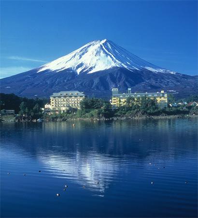 【特急列車付プラン】河口湖温泉 富士レークホテル(びゅうトラベルサービス提供)