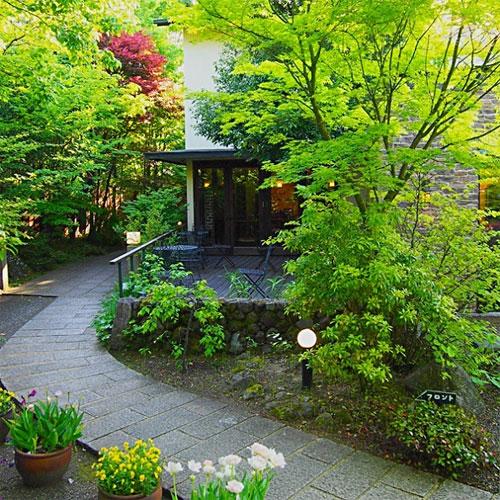 【特急列車付プラン】由布院温泉 山紫御泊処 はなの舞(JR九州旅行提供)