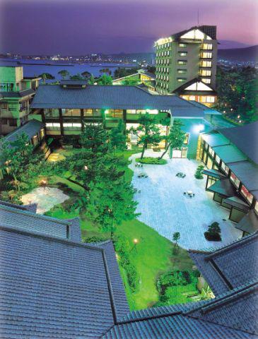 【新幹線付プラン】指宿温泉 指宿白水館(JR九州旅行提供)