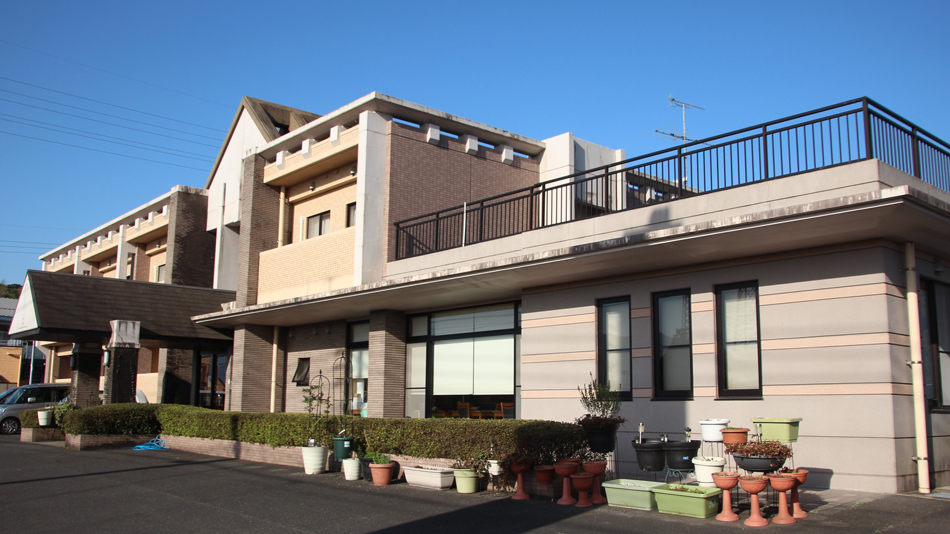 ホテル うなぎの迫田荘