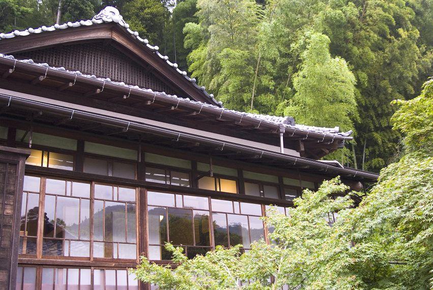 木のぬくもりと貸切露天風呂のある宿 伊藤屋