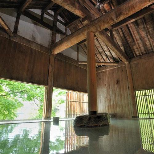 水上唯一の谷川岳を望む絶景と15種の湯巡りの宿 水上館の部屋画像