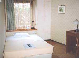 ビジネス千成(せんなり)ホテル